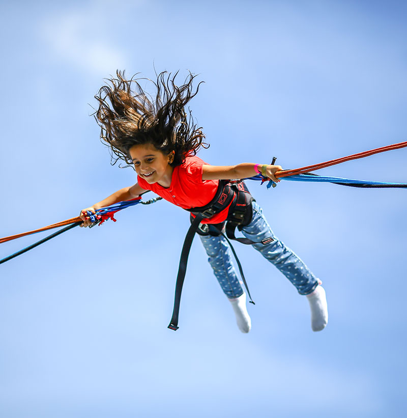 camp-activity-bungy-tramp